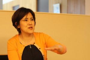 医療・介護のトータルケアが大事と力説される美和子先生。
